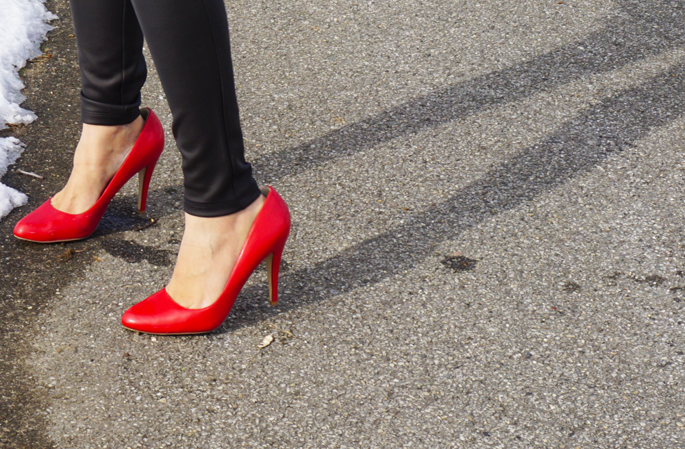 valentinesday_redshoes_5